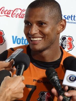 Tiago Cardoso, goleiro do Santa Cruz (Foto: Bruno Marinho / GloboEsporte.com)