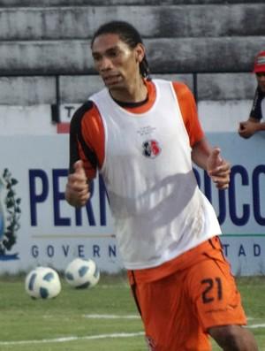 Flávio Recife - Santa Cruz (Foto: Bruno Marinho/GloboEsporte.com)