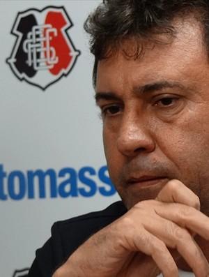 Zé Teodoro, técnico do Santa Cruz (Foto: Bruno Marinho / GloboEsporte.com)