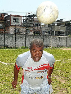 jairzinho furacão escolinha manguinhos (Foto: André Durão/Globoesporte.com)