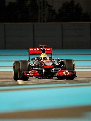 Lewis Hamilton GP de Abu Dhabi treinos livres sexta-feira McLaren (Foto: AFP)