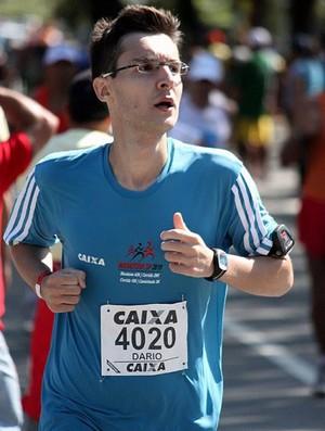 Dario na maratona de Saão Paulo (Foto: Arquivo pesoal)