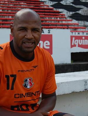 Jeovânio, volante do Santa Cruz (Foto: Elton de Castro / GloboEsporte.com)