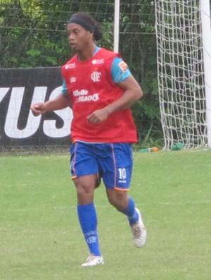 Ronaldinho no treino do Flamengo (Foto: Richard Souza/Globoesporte.com)
