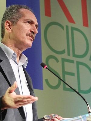 Aldo Rebelo ministro do Esporte Rio de Janeiro Olimpíadas Copa (Foto: Márcia Foletto / Agência O Globo)