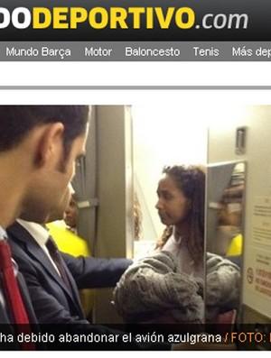 mulher que invadiu o avião do Barcelona (Foto: Reprodução)