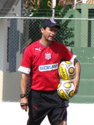 Técnico Sérgio Baresi comanda os treinos do Paulista (Foto: Divulgação / Paulista F.C.)