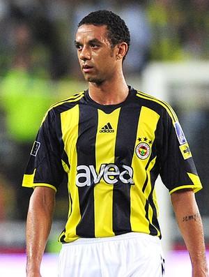 Cristian no jogo do Fenerbahçe (Foto: AFP)