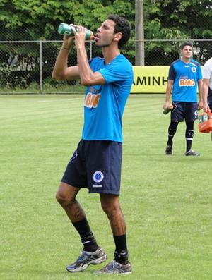 leandro guerreiro cruzeiro treino (Foto: Fernando Martins / Globoesporte.com)