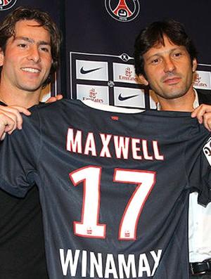Maxwell apresentado no PSG (Foto: Divulgação / Site Oficial)