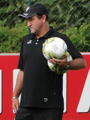 cuca treino do Atlético-MG (Foto: Fernando Martins/Globoesporte.com)