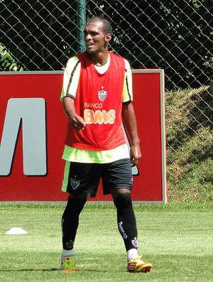 Richarlyson no treino do Atlético-MG (Foto: Leonardo Simonini / GLOBOESPORTE.COM)