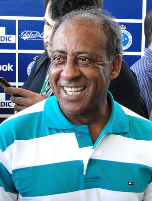 Dirceu no evento do Hall da Fama do Cruzeiro (Foto: Tarcisio Badaró / GLOBOESPORTE.COM)