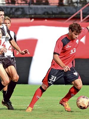 Diogo Campos, em jogo-treino do Atlético-GO (Foto: Wildes Barbosa/O Popular)