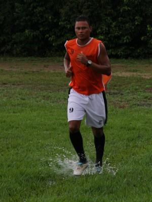 Fábio Marcus ficou afastado do futebol por 4 anos e meio por motivos familiares (Foto: Frank Cunha/Globoesporte.com)