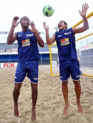 Alan Osmar seleção do mundo futebol de areia (Foto: Wander Roberto/Inova Foto)