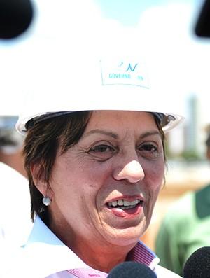 governadora Rosalba Ciarlini visita as obras da Arena das Dunas (Foto: Elisa Elsie / Divulgação)