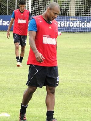 Amaral no treino do Cruzeiro (Foto: Marco Antônio Astoni / Globoesporte.com)