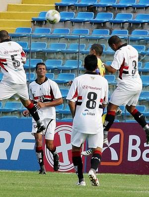 Ferroviário e Itapipoca pelo Campeonato Cearense de 2012 (Foto: Kid Júnior/Agência Diário)