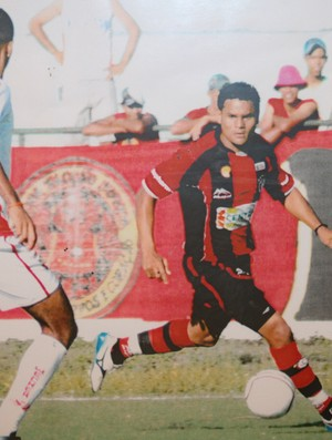 Fábio Júnior em ação pelo Campinense (Foto: Felipe Martins/GLOBOESPORTE.COM)