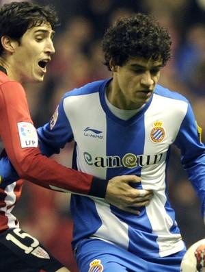 Andoni Iraola Atlético de Bilbao e Philippe Coutinho Espanyol (Foto: AFP)