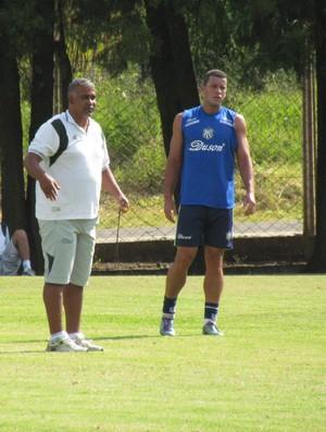 Ademir Fonseca no treino da Caldense (Foto: Priscila Loiola/Assessoria de Imprensa)