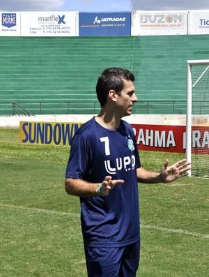 Fumagalli, meia do Guarani (Foto: Heitor Esmeriz/Globoesporte.com)