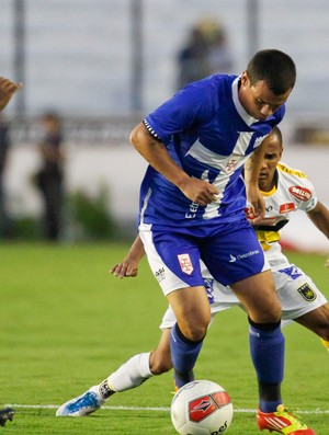 Bernardo Vasco x Volta Redonda (Foto: Ide Gomes / Ag. Estado)
