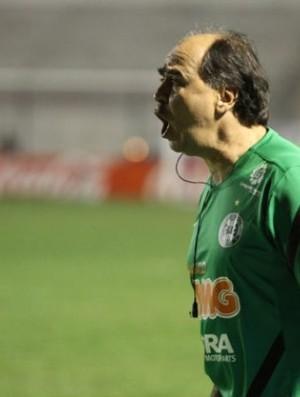 Marcelo Oliveira chama a atenção dos atletas do Coritiba no duelo contra Cianorte (Foto: Divulgação / Coritiba)