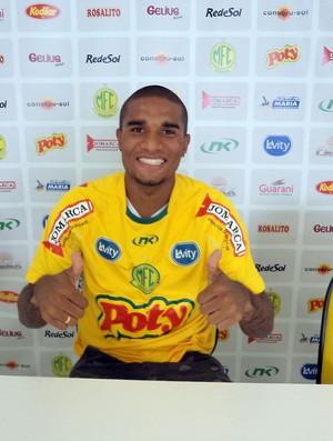 Willian, novo lateral-esquerdo do Mirassol (Foto: Vinicius de Paula/Mirassol FC)