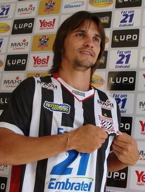 Edrigo - lateral-direito do Paulista de Jundiaí  (Foto: Divulgação / Paulista FC)