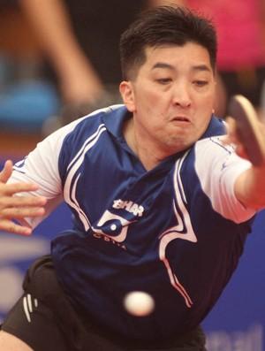 Hugo Hoyama, seleção brasileira de tênis de mesa (Foto: Maurício Val / FOTOCOM.NET)