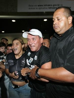 Chegada PC Norões em Fortaleza 3 (Foto: Tuno Vieira/ Agência Diário)