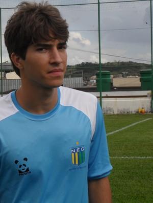 Lucas, meia do Nacional-MG (Foto: Cleber Corrêa)