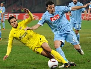Nilmar na partidal do Villarreal contra o Napoli pela Liga Europa (Foto: AP)