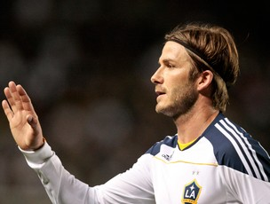 Beckham dá passe na vitória do Galaxy (Foto: AP)