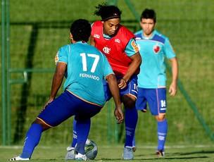 Ronaldinho Gaúcho no treino do Flamengo (Foto: Wander Roberto / VIPCOMM)