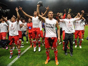 Braga comemora vitória sobre o Benfica (Foto: AP)