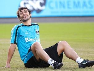 Douglas no treino do Grêmio (Foto: Ag. Estado)