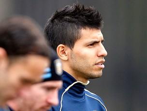 Sergio Aguero no treino (Foto: AP)