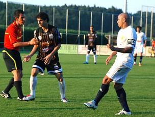 Roberto Carlos em jogo com o Ribeirão Preto FC (Foto: Divulgação / Site Oficial)