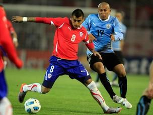 vidal arevalo chile x uruguai (Foto: Agência Reuters)
