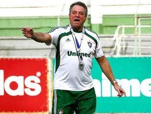 Abel Braga no treino do Fluminense (Foto: Photocâmera )