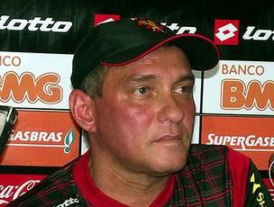 PC Gusmão é apresentado no Sport (Foto: Divulgação / Site Oficial)