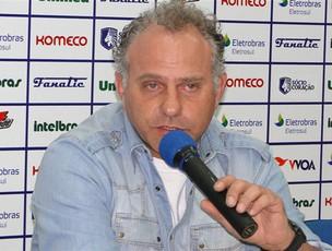 toninho cecílio novo treinador avaí (Foto: Alceu Atherino / Site Oficial do Avaí)
