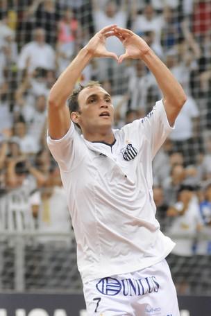 Pixote comemora o gol do Santos na final da Liga Futsal 2011 contra o Carlos Barbosa (Foto: Divulgação/CBFS)