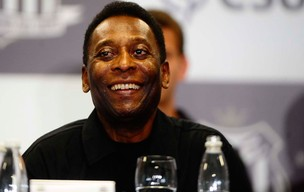 pel&#233; santos coletiva (Foto: Marcos Ribolli / Globoesporte.com)