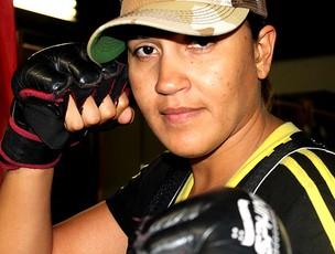 Erica MMA (Foto: Thiago Correia / Globoesporte.com)