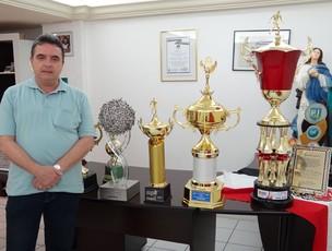 Antônio Luiz Neto, presidente do Santa Cruz (Foto: Elton de Castro/Globoesporte.com)