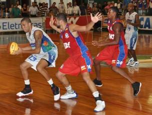 Bauru segura Pinheiros e consegue nova vitória no NBB (Foto: Divulgação NBB - Sérgio Domingues/HDR Photo)